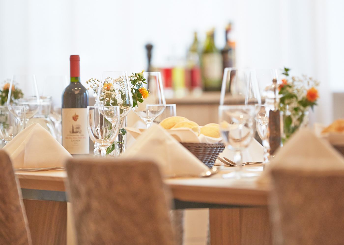 Café und Restaurant in Bozen im Hotel *** Post Gries